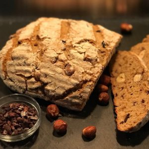 Brotliebe - www.expatmamas.de - Breadlovers Brot mit Kakaobohnen