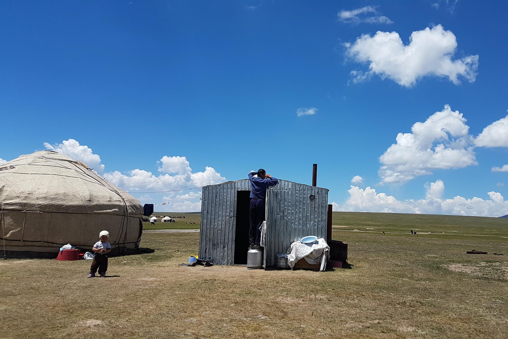 Ein nicht alltäglicher Umzug von Kirgisistan nach Nordmazedonien - www.expatmamas.de/blog/ #expatmamas #imauslandzuhause #kirgisistan